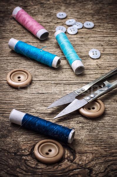 Foto stock: De · costura · ferramentas · tesoura · fio · botões · vintage