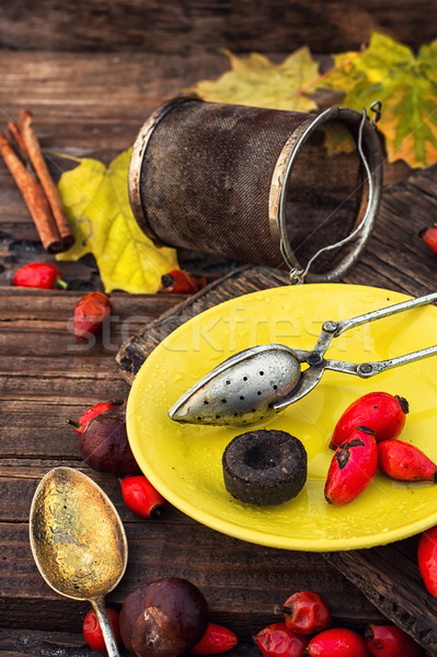 秋 バラ ヒップ 茶 液果類 メイプル ストックフォト © nikolaydonetsk