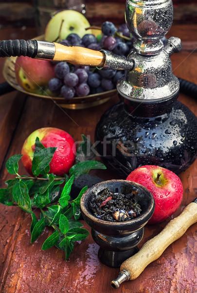 Hookah vruchten smaak houten tafel vintage stijl Stockfoto © nikolaydonetsk