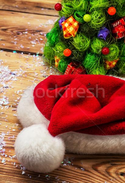 Christmas decoratie kerstboom hoed gelukkig vakantie Stockfoto © nikolaydonetsk