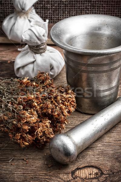 Anciens guérison recette herbes fer fouet Photo stock © nikolaydonetsk