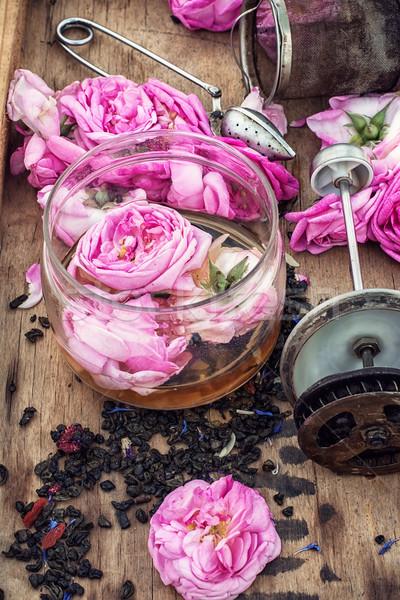 Tea rózsa rózsák fából készült doboz hegesztés Stock fotó © nikolaydonetsk