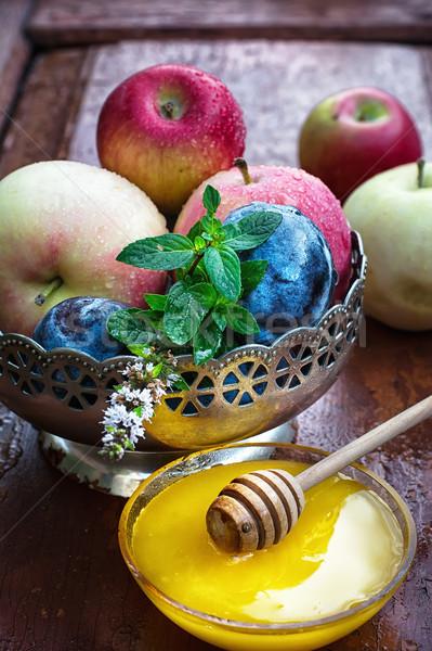リンゴ 鉄 花瓶 ソーサー 新鮮な ストックフォト © nikolaydonetsk