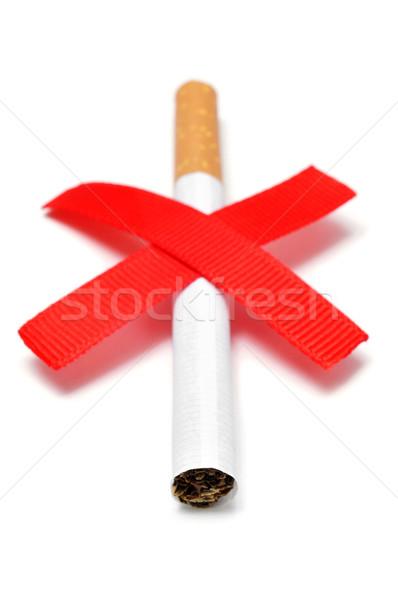Sigara iki kırmızı beyaz dünya Stok fotoğraf © nito