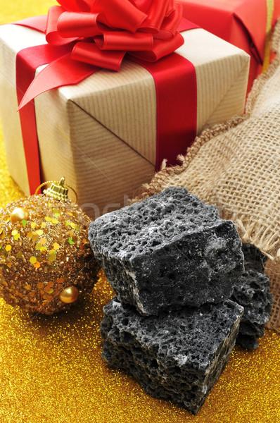 Karácsony ajándékok cukorka szén díszek étel Stock fotó © nito
