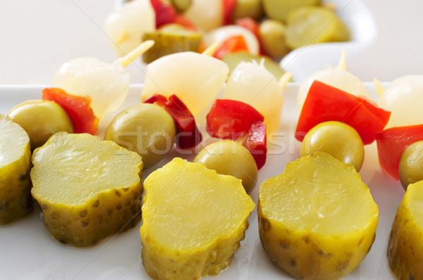 Spaans augurken verschillend olijven knoflook komkommers Stockfoto © nito