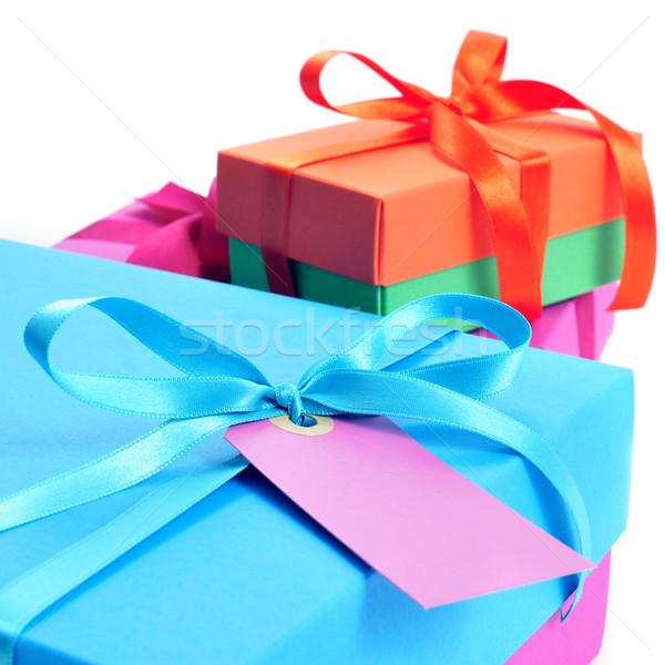 Ajándékdobozok szatén szalagok különböző színek közelkép Stock fotó © nito