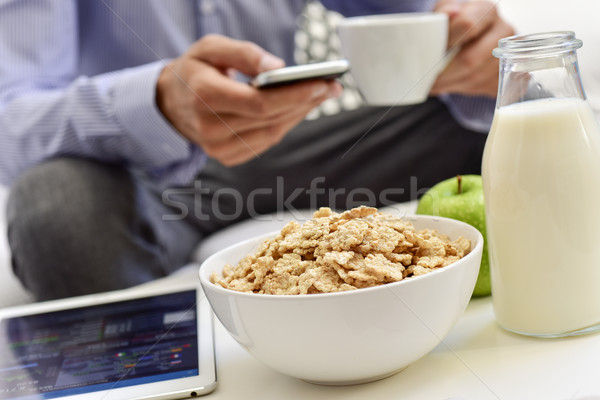 Foto stock: Empresário · café · da · manhã · tempo · jovem · caucasiano