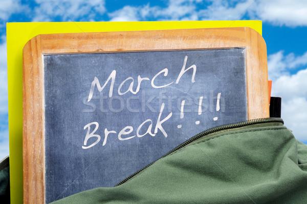 Stock fotó: Törik · írott · iskolatábla · iskola · táska · könyvek