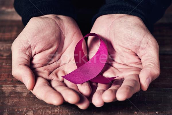 ピンクリボン 手 男 クローズアップ シンボル 乳癌 ストックフォト © nito