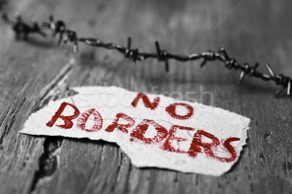 barbed wire and text no borders Stock photo © nito