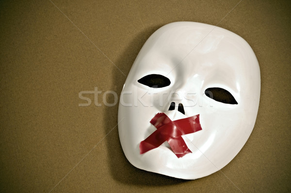 Silencioso branco máscara burocracia tiras atravessar Foto stock © nito