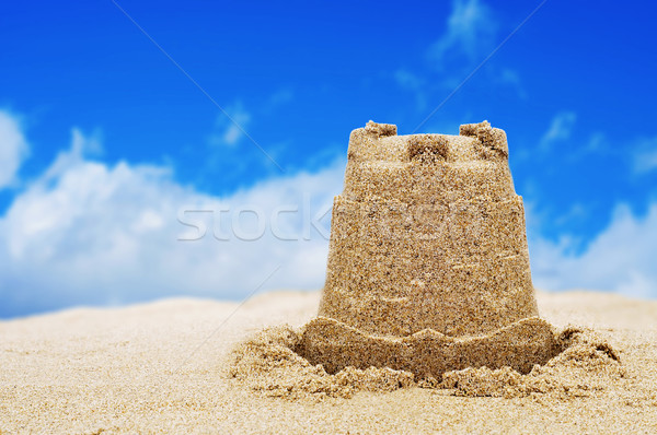 Sandcastle sable plage ciel enfants enfant Photo stock © nito