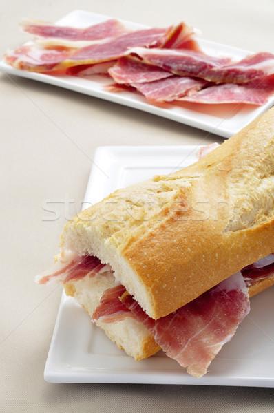 Spaans serrano ham sandwich plaat Stockfoto © nito