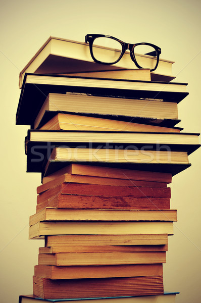 books and eyeglasses Stock photo © nito