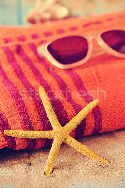 Starfish óculos de sol toalha de praia amarelo Foto stock © nito