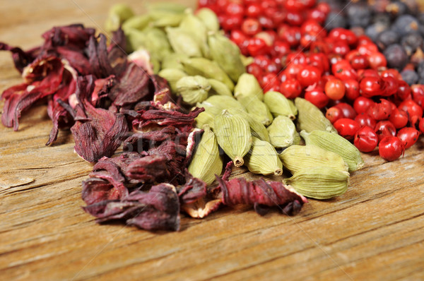 dried hibiscus flowers, green cardamom, pink peppercorns and jun Stock photo © nito
