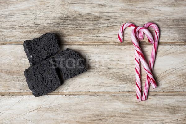 Doce carvão tabela ver peças Foto stock © nito