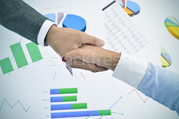 Empresario mujer de negocios apretón de manos primer plano Foto stock © nito