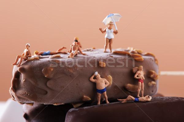Miniatura pessoas maiô sorvete bar Foto stock © nito