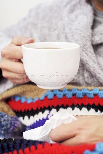 Beteg férfi felfelé csésze tea közelkép Stock fotó © nito