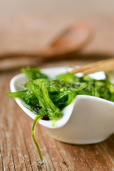 Zeewier salade witte keramische kom rustiek Stockfoto © nito