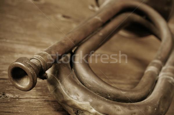 Edad sepia rústico mesa de madera signo mesa Foto stock © nito