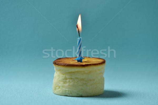 Doğum günü mum cheesecake mavi gıda parti Stok fotoğraf © nito