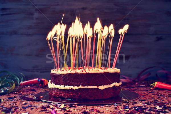 Doğum günü pastası mumlar kek dışarı rustik Stok fotoğraf © nito