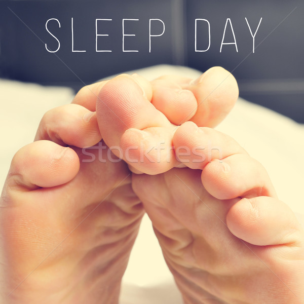 Stóp człowiek bed tekst spać dzień Zdjęcia stock © nito