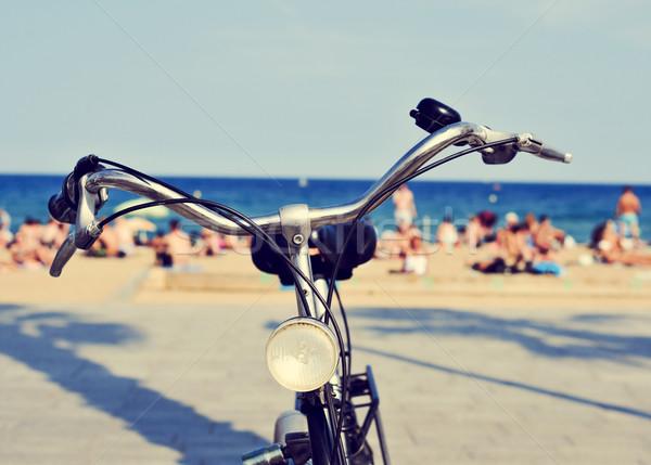 Bicikli tengerpart szűrő hatás közelkép emberek Stock fotó © nito
