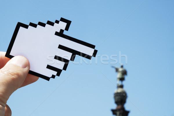 Homem indicação Barcelona mão jovem Foto stock © nito
