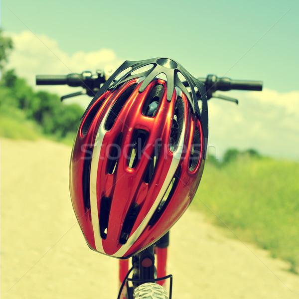 горных велосипедов шлема красный грунтовая дорога пейзаж Сток-фото © nito