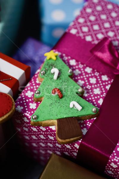 Karácsony keksz ajándékok közelkép forma karácsonyfa Stock fotó © nito