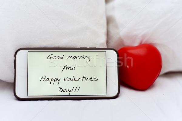 Texte bonjour heureux saint valentin smartphone écran Photo stock © nito