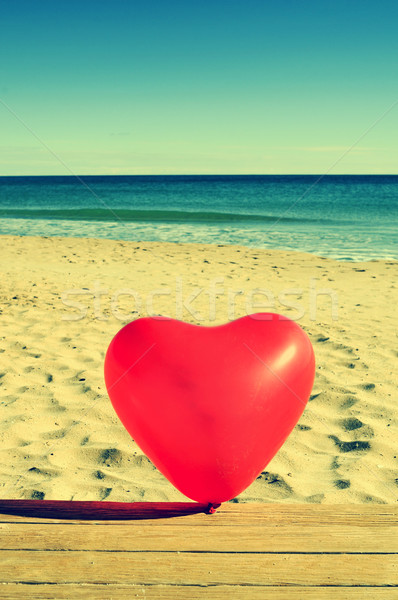 Léggömb piros tengerpart retro hatás terv Stock fotó © nito