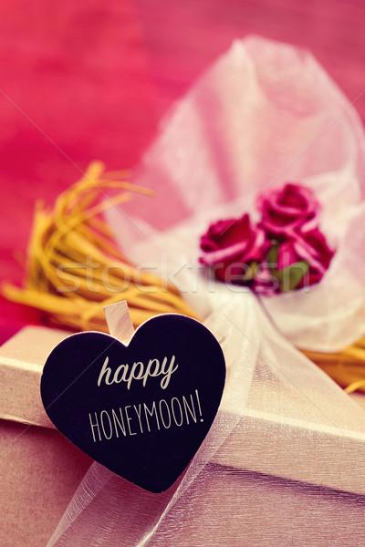文字 幸せ 新婚旅行 クローズアップ ギフトボックス 花 ストックフォト © nito