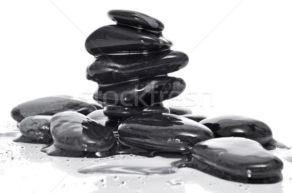 Zrównoważony czarny zen kamienie pokryty Zdjęcia stock © nito