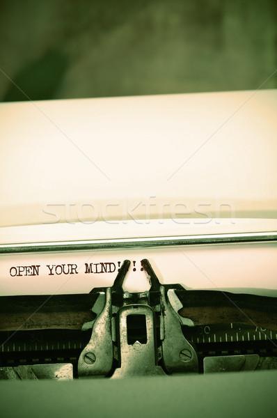 ストックフォト: オープン · 心 · 書かれた · 古い · タイプライター · 紙