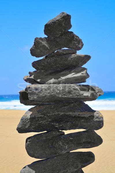 バランスのとれた スタック 石 クローズアップ ビーチ 水 ストックフォト © nito