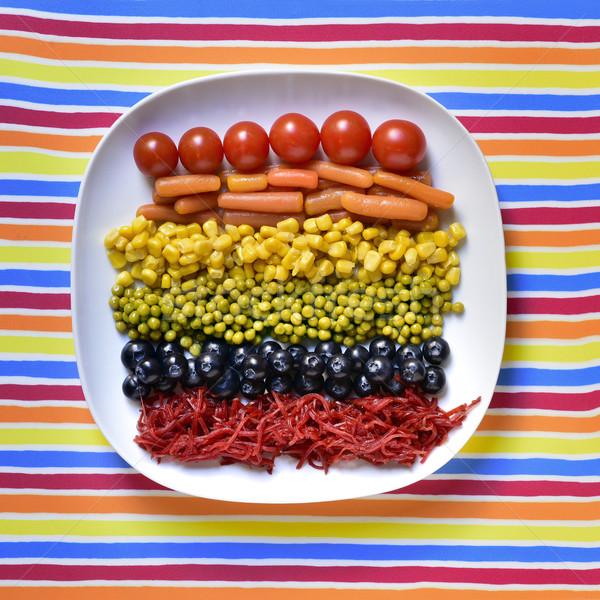 Zöldségek szivárvány zászló lövés tányér különböző Stock fotó © nito
