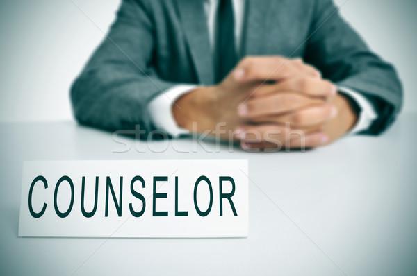 Conselheiro homem terno sessão secretária Foto stock © nito