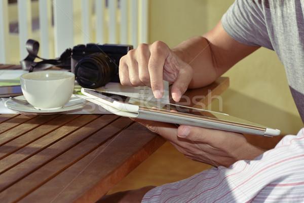 Giovane pigiama tablet primo piano giovani Foto d'archivio © nito