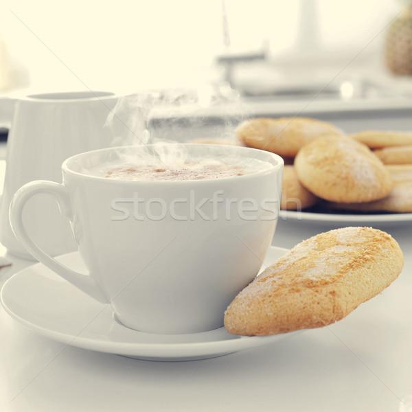 Biscotti tavolo da cucina primo piano Cup casa Foto d'archivio © nito