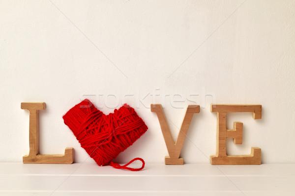 Cartas hilados palabra amor rojo Foto stock © nito