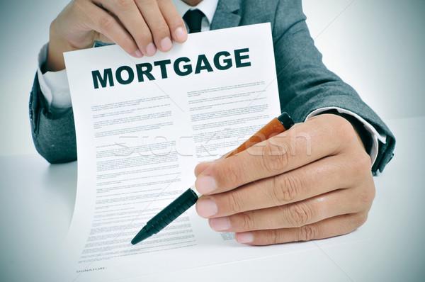 Hypothek Darlehen Vertrag Mann tragen Anzug Stock foto © nito