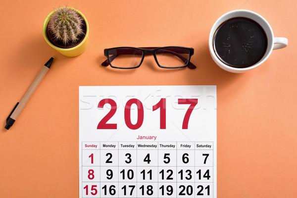 Naptár irodai asztal lövés pár szemüveg toll Stock fotó © nito