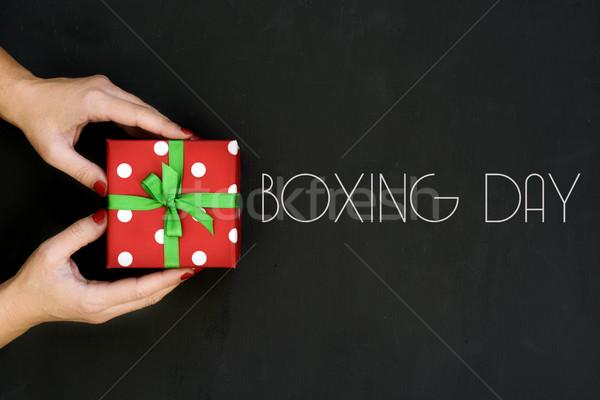 Nő ajándék szöveg box nap lövés Stock fotó © nito