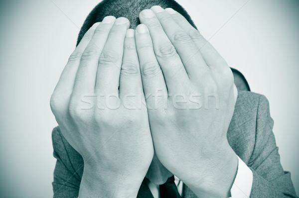 üzletember kezek fej ül asztal üzlet Stock fotó © nito