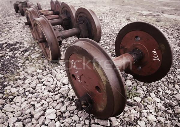 Kerék fém rozsda klasszikus szállítás rozsdás Stock fotó © njaj